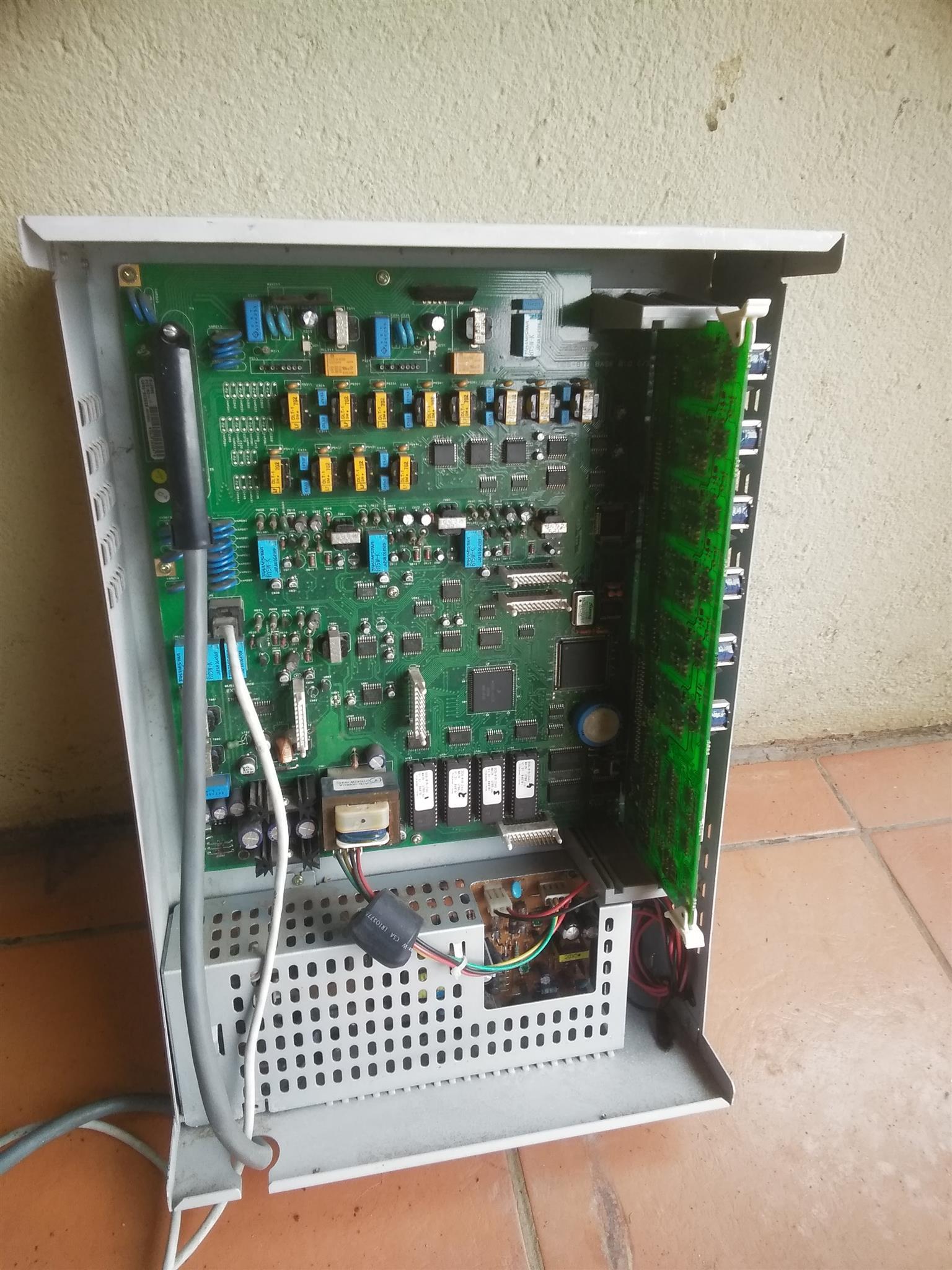 PABX SAMSUNG DCS 24 DIGITAL COMMUNICATIONS TELEPHONE SYSTEM
