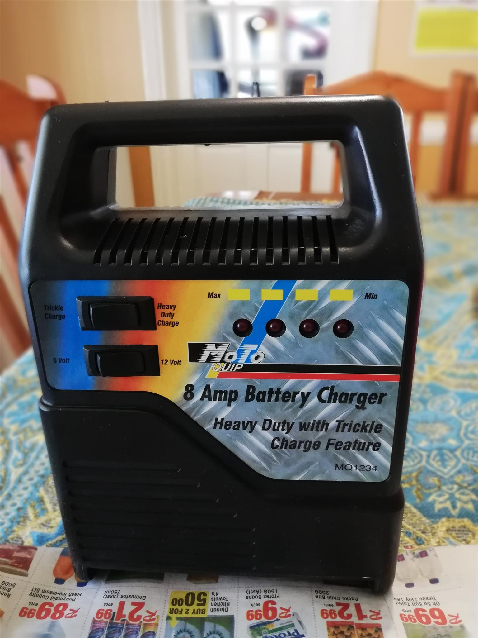 8amp BATTERY CHARGER for sale