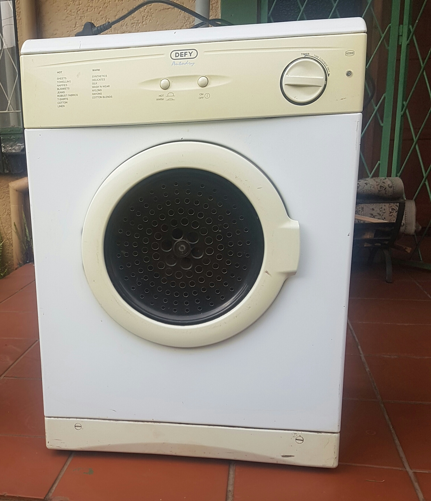 5kg Defy tumble dryer