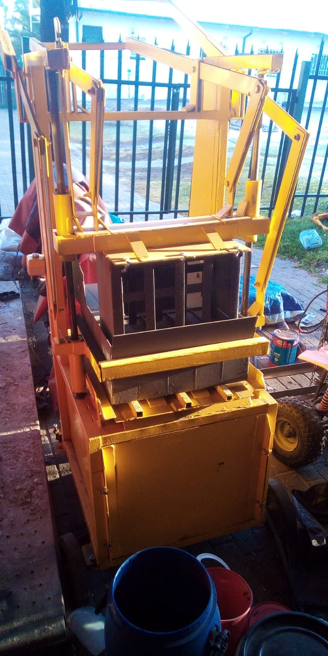 Brick making machine