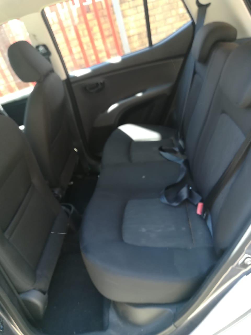 HYUNDAI / KIA USED USED CAR SEATS