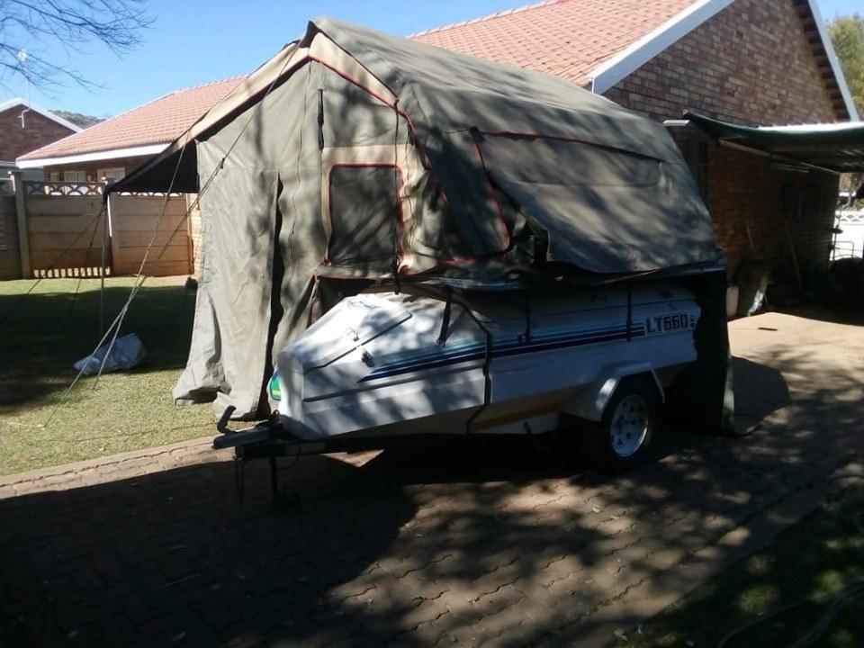 Jurgens lt660 met howling moon canvas tent