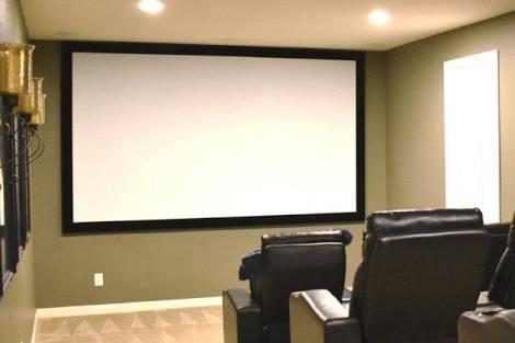 """120"""" x 160"""" Motorized Projector Screen"""