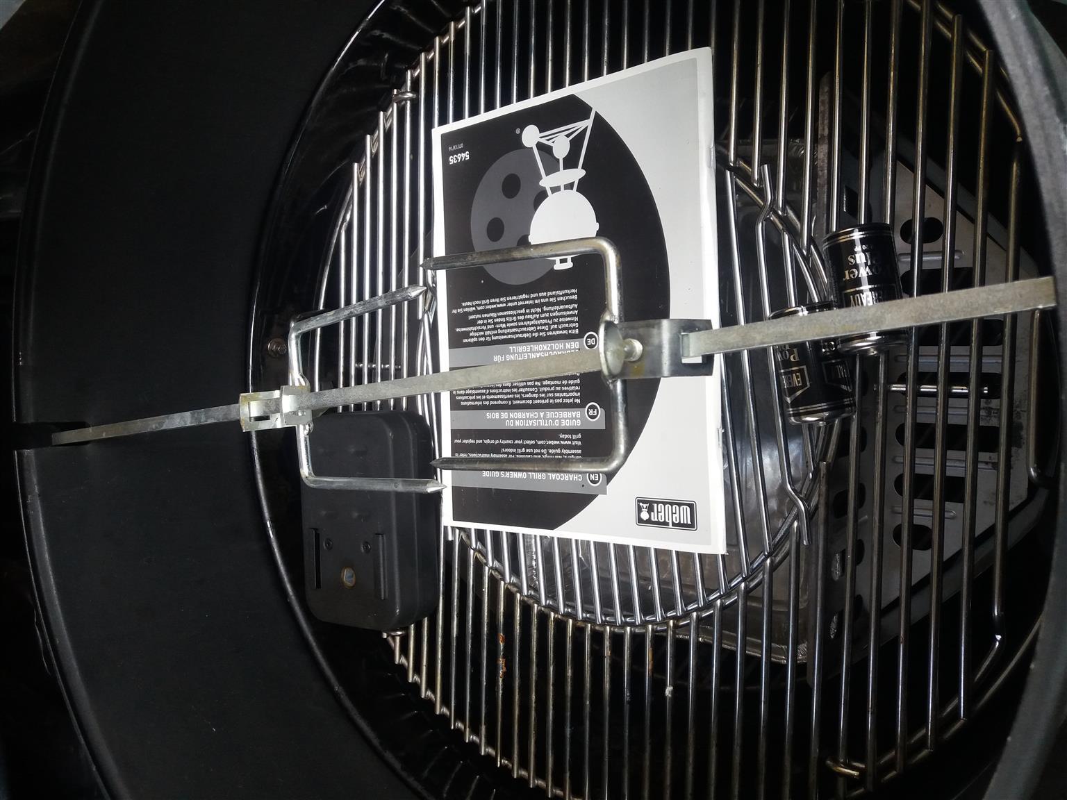 Weber 57cm Braai with rotissirie