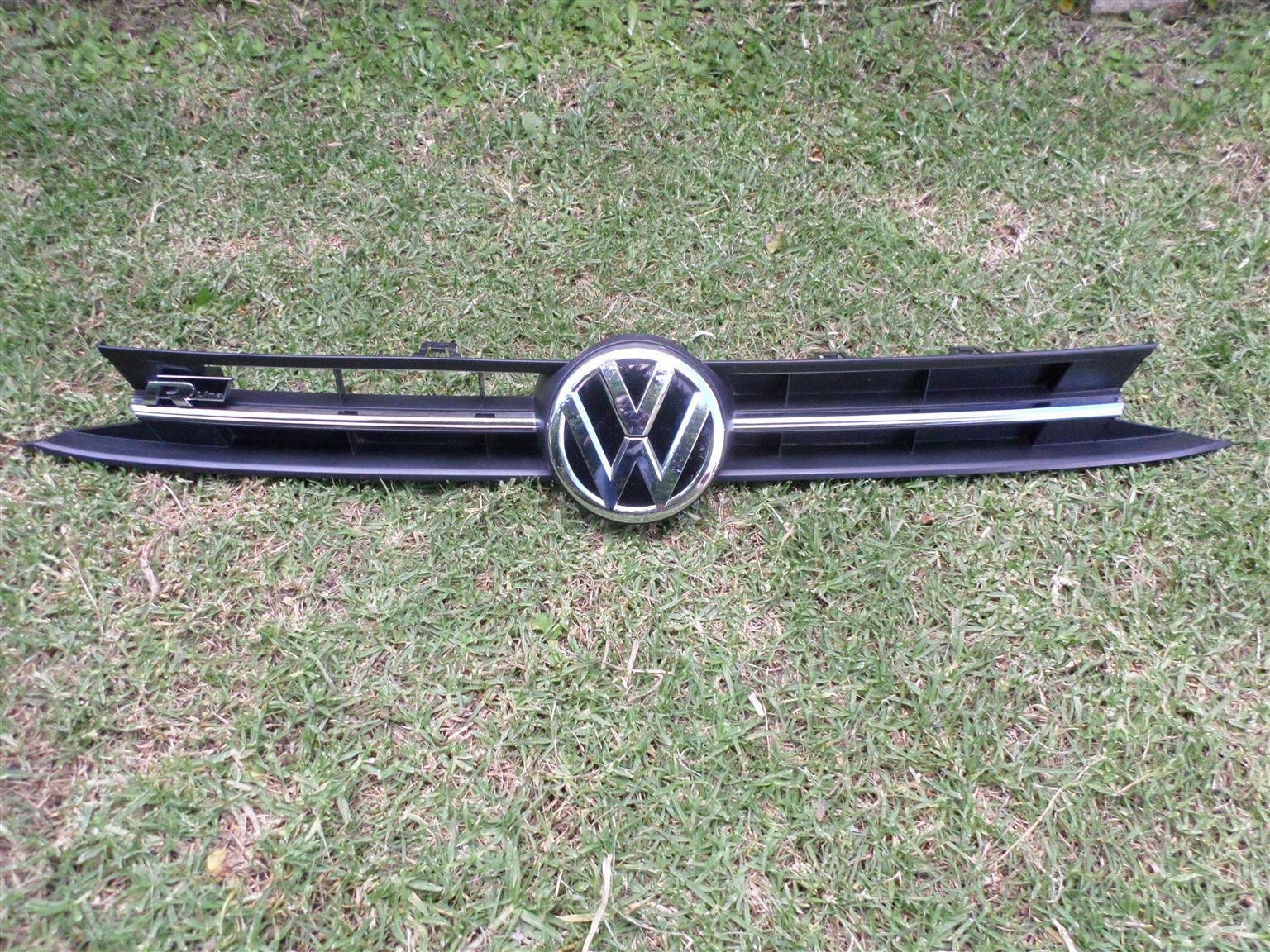 2021 VW POLO 8 R-LINE COMPLETE MAIN BUMPER GRILL FOR SALE