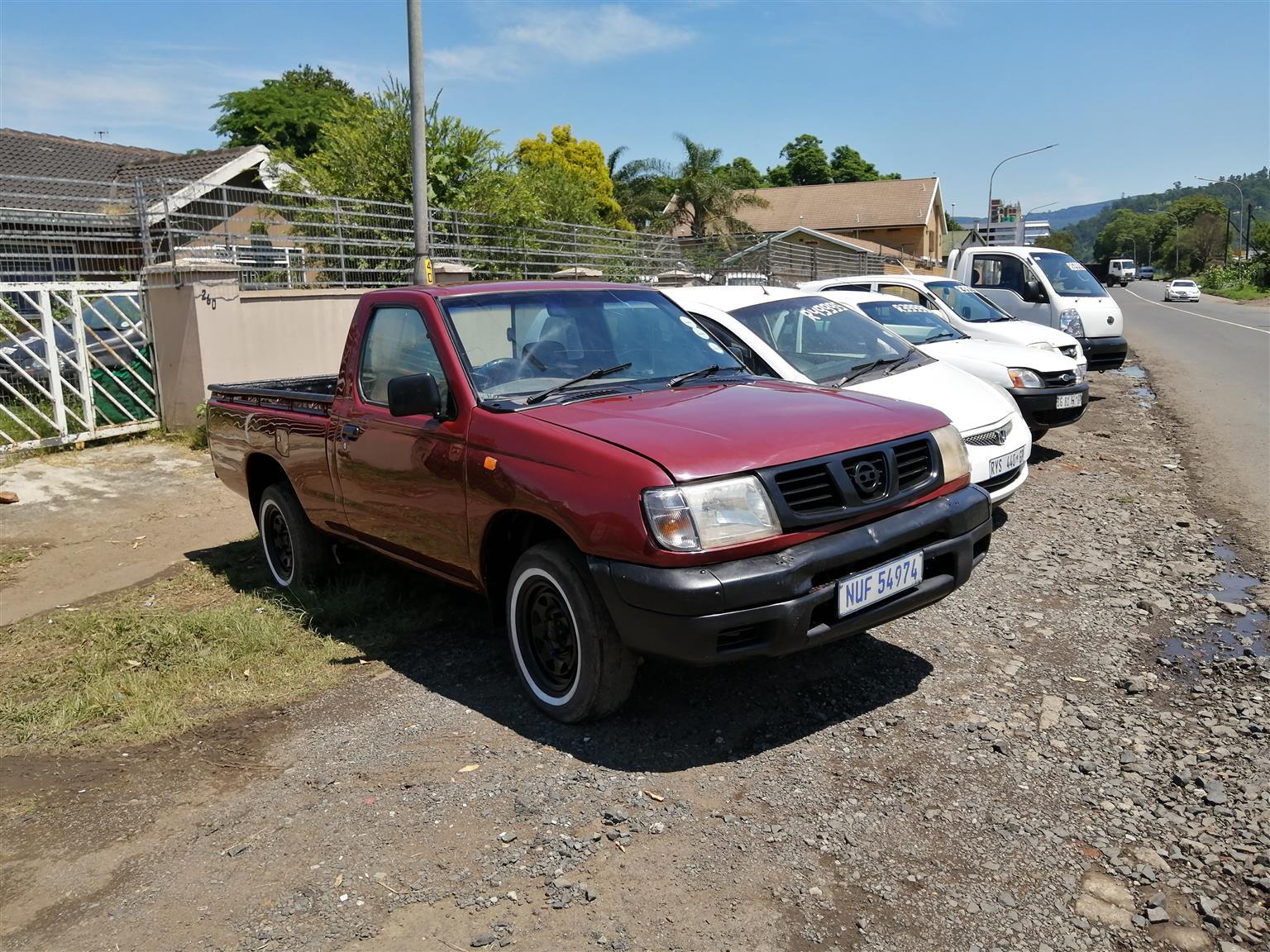 2004 Nissan Hardbody 2.0 16V LWB power steer