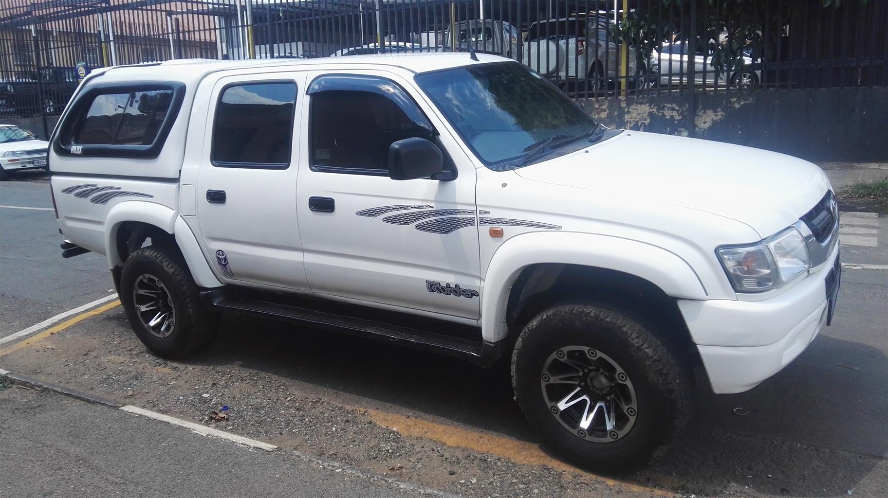 Kelebihan Kekurangan Toyota Hilux 2003 Harga