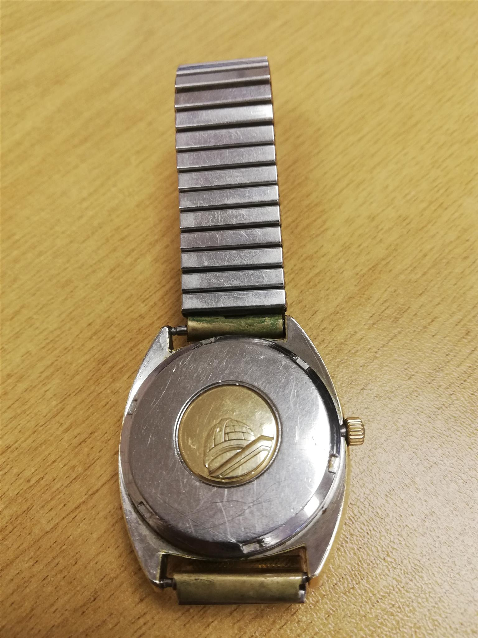 Omega Constellation men's watch (Vintage Collectors item) Still working.