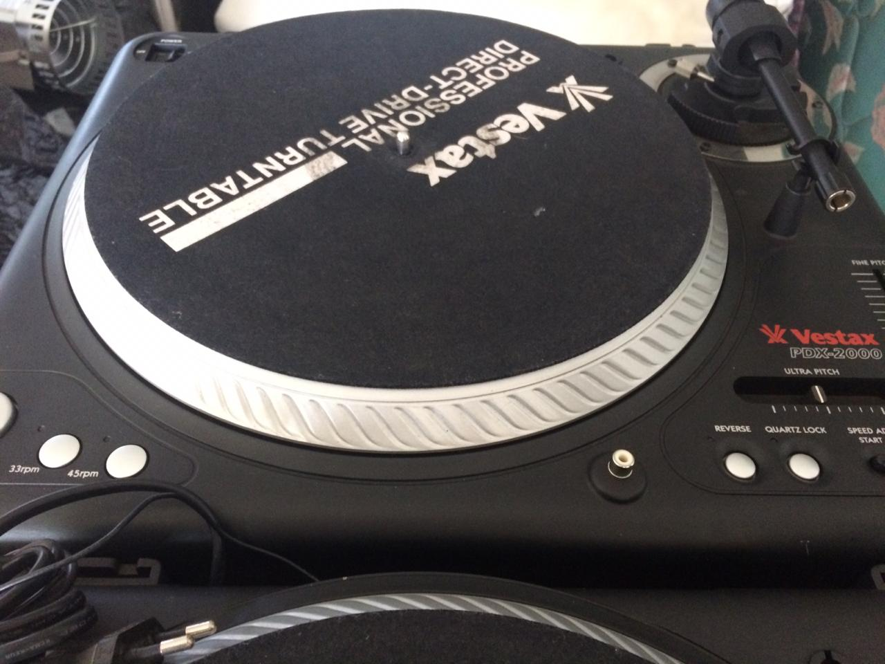 Vestax PDX2000 Direct Drive Turntables - MINT Condition (Pair)