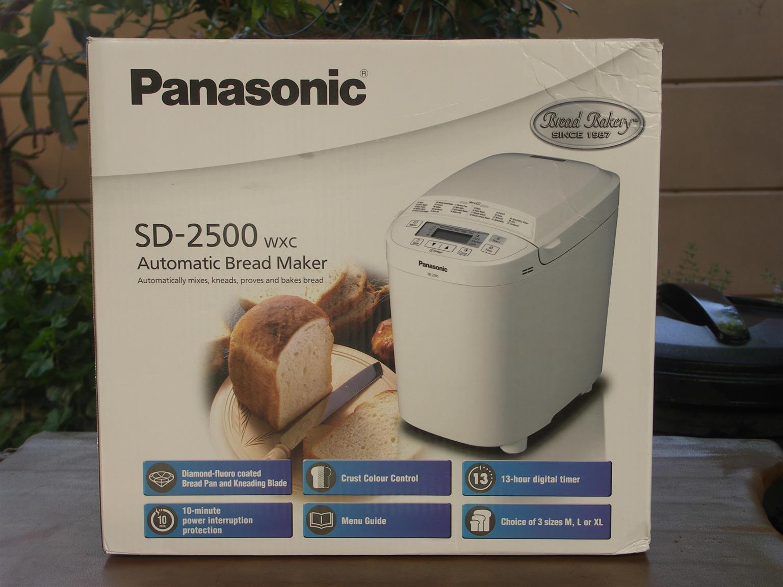 PANASONIC AUTOMATIC BREAD MAKER : MODEL NO. SD-2500