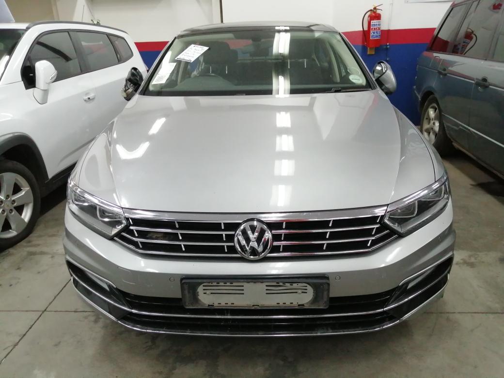 2017 VW Passat 2.0TDI Luxury R Line Code 2