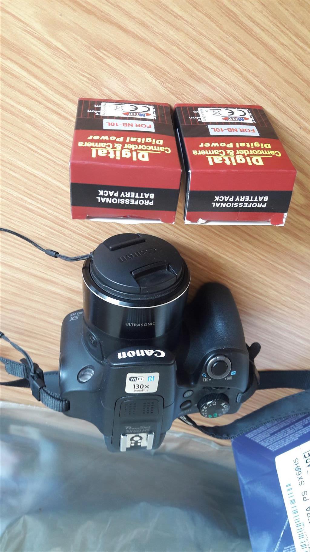 Canon SX 60 HS PowerShot camera