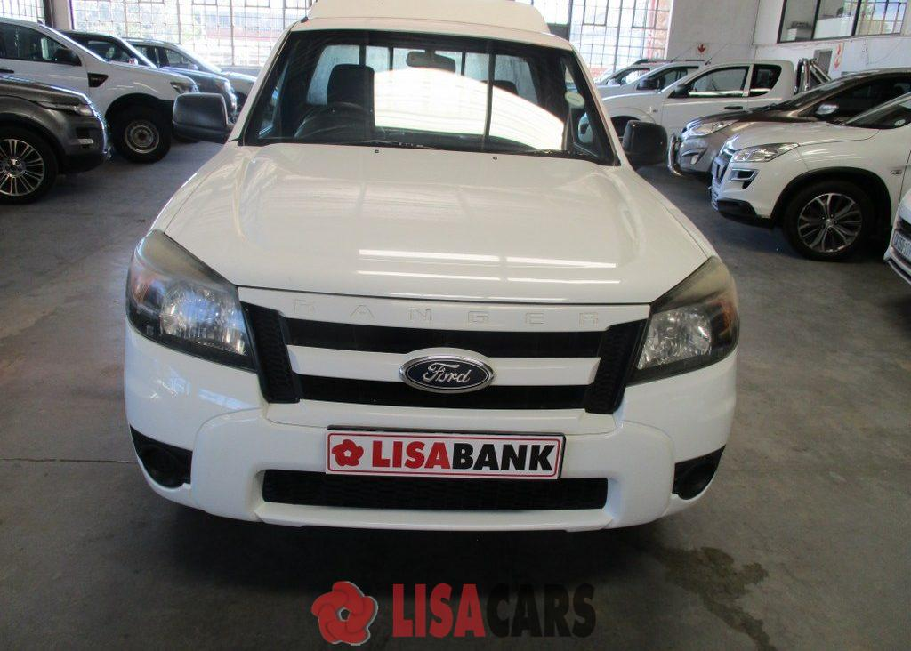 2011 Ford Courier