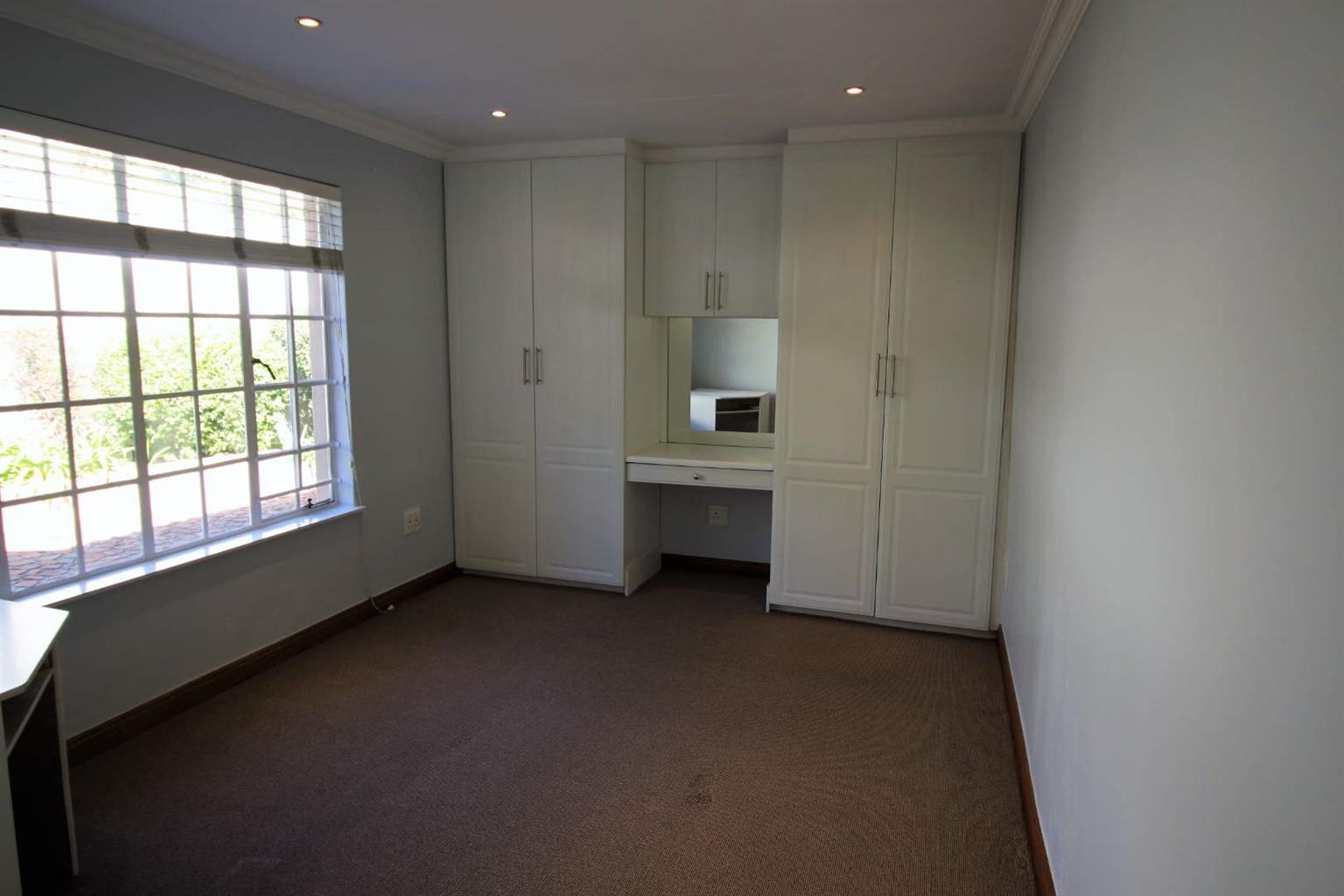 Cottage Rental Monthly in Magaliessig