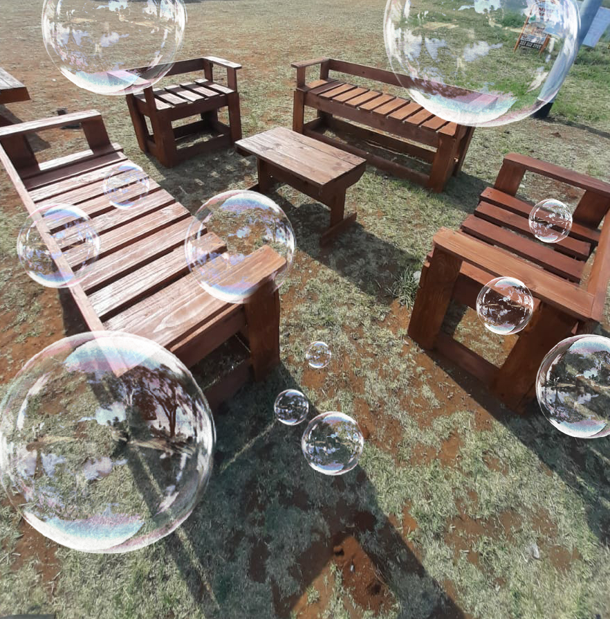 Beautiful 4 piece wooden patio set with coffee table