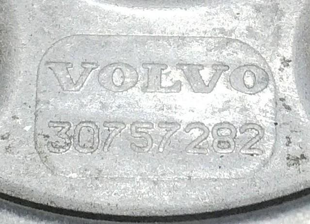 Volvo XC90    D5 Accessory Belt Tensioner   (P.no 30757282)   2004 to 2012