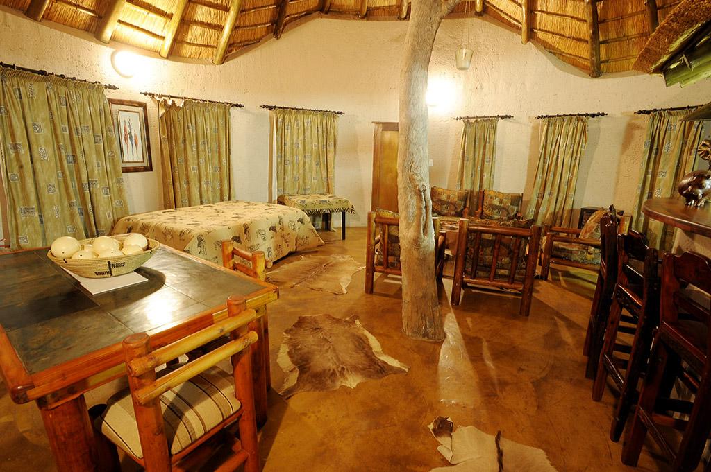 2 Bedroom Holiday Home in Marloth Park adjacent to Kruger Park