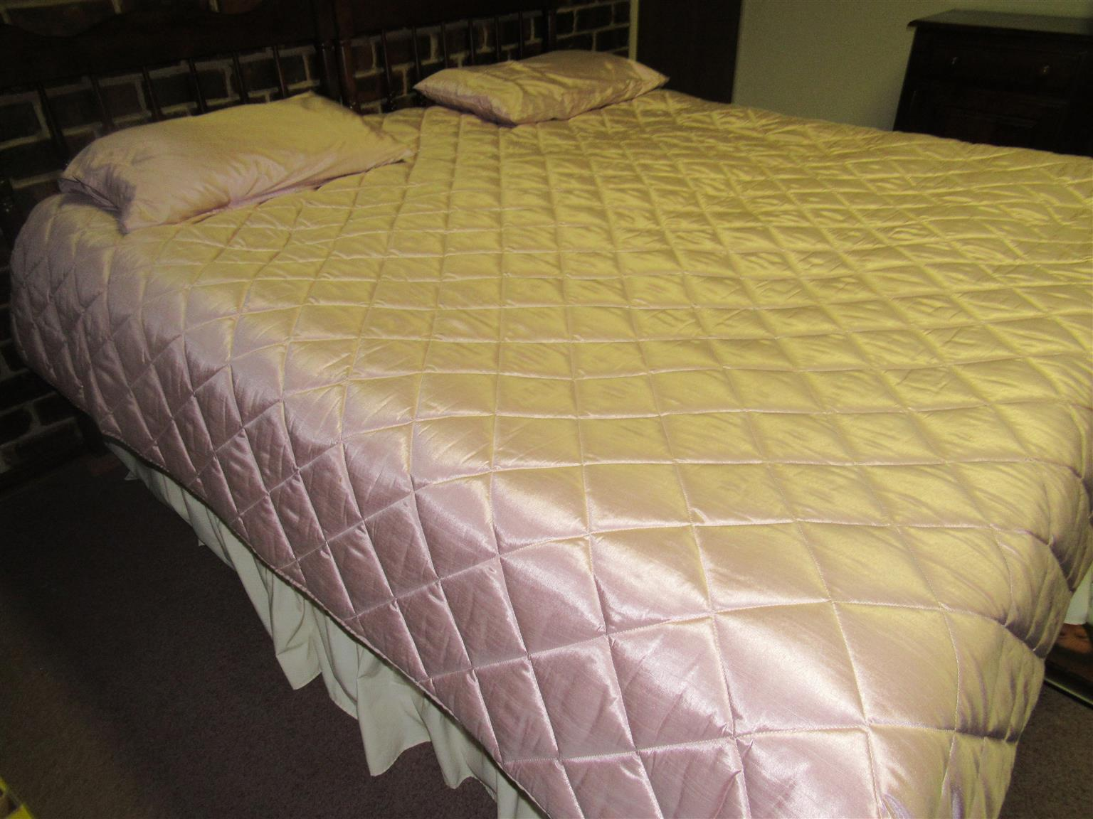 King size Bed with solid Arizone mattress.