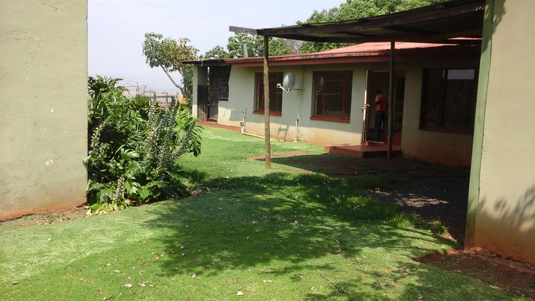 NOW !!! - Big Farmhouse - Lydenburg; Mpumalanga - R5 000 plus Electricity
