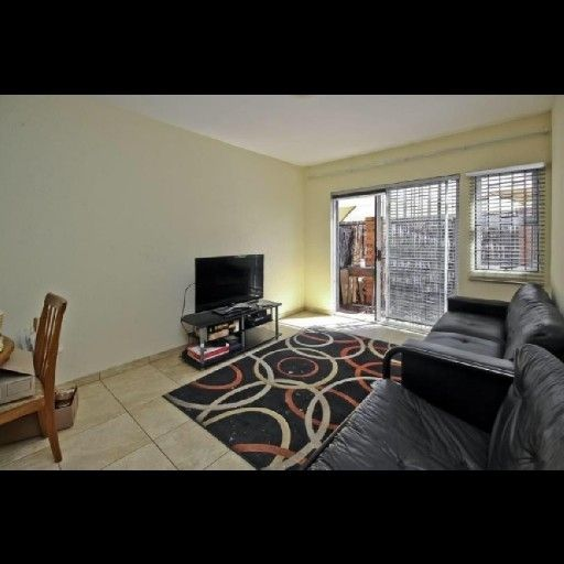 2 Bedroom Townhouse for Sale in Lyndhurst