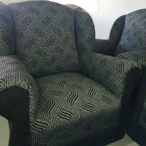 Gray and black Lounge Suite / Couches