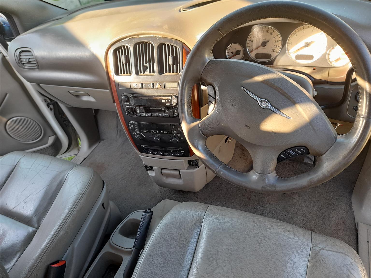 2004 Chrysler Grand Voyager 3.8 Limited