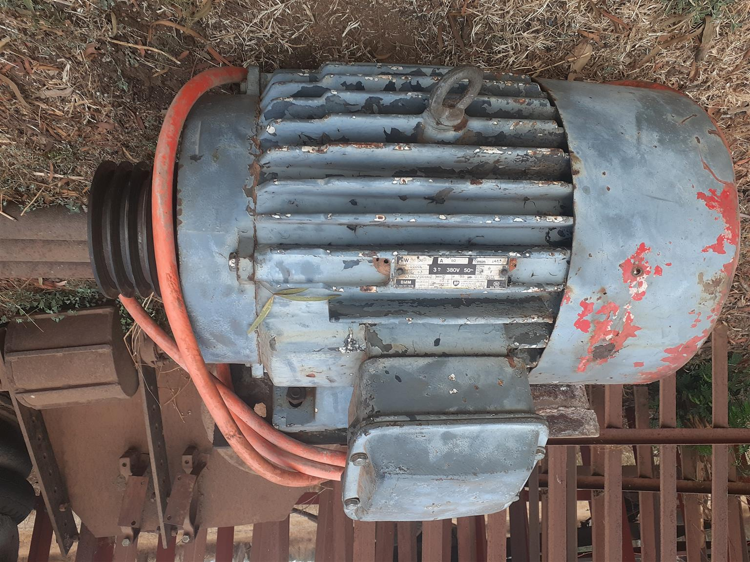 Mono water pump 4 inch mono meester  complete 13 pipes with b65 unit 30 kw electric motor