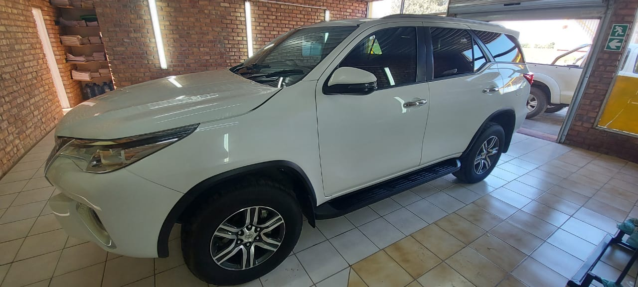 Toyota fortune 2.4 gd6