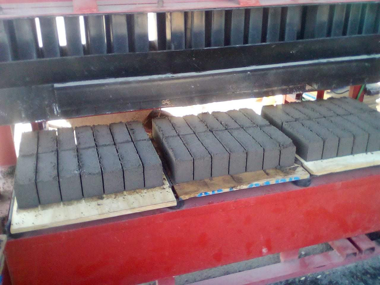 3 Tier Brick Machine