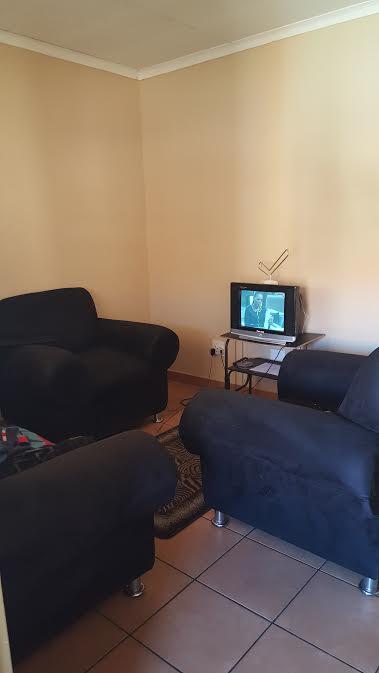1 bedroom to rent in Winternest