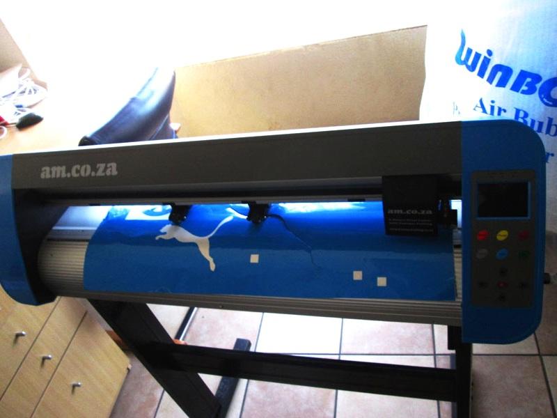V3-440 V-Smart Contour Cutting Vinyl Cutter 440mm Working Area Vinyl Cutter