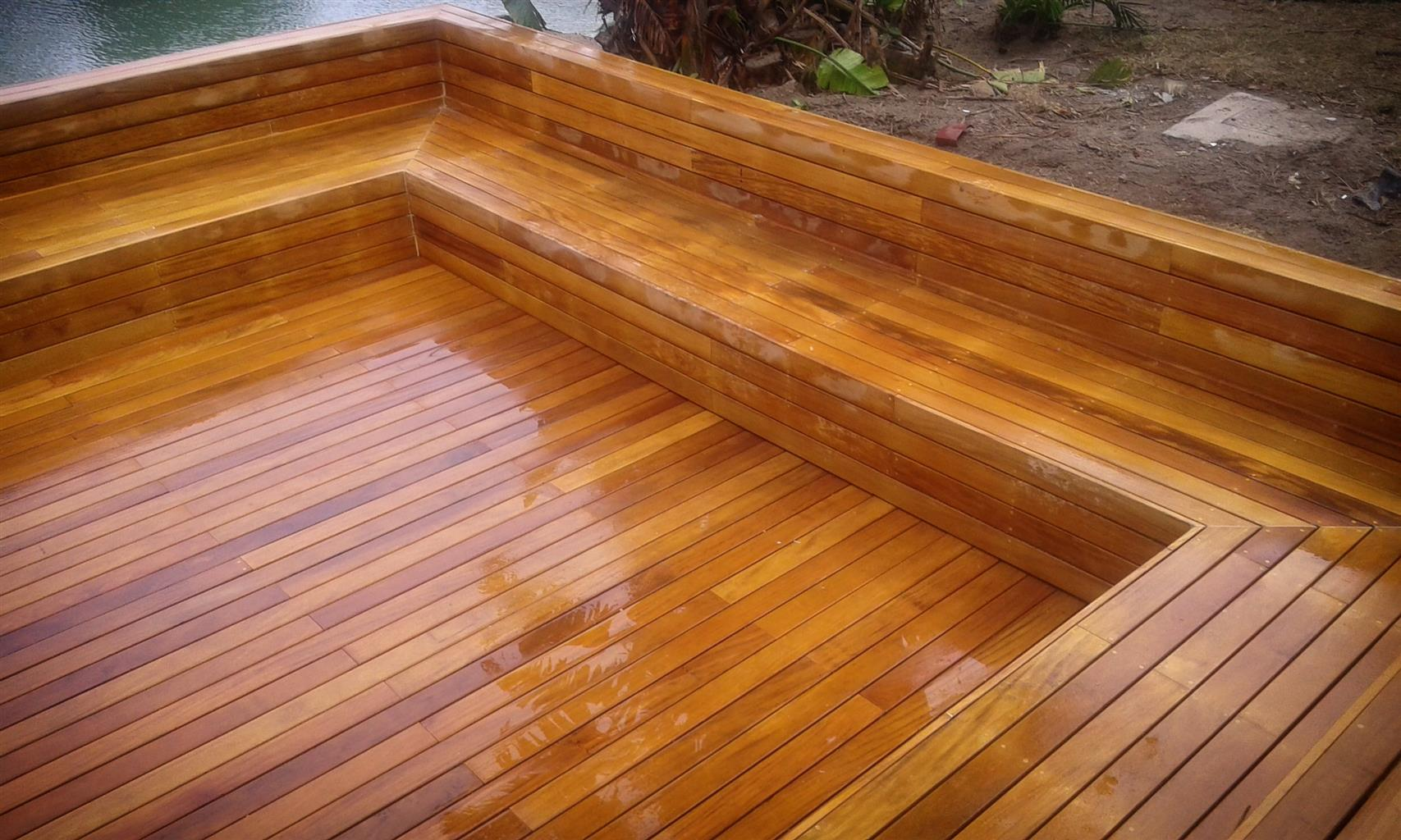 Woodworking experts