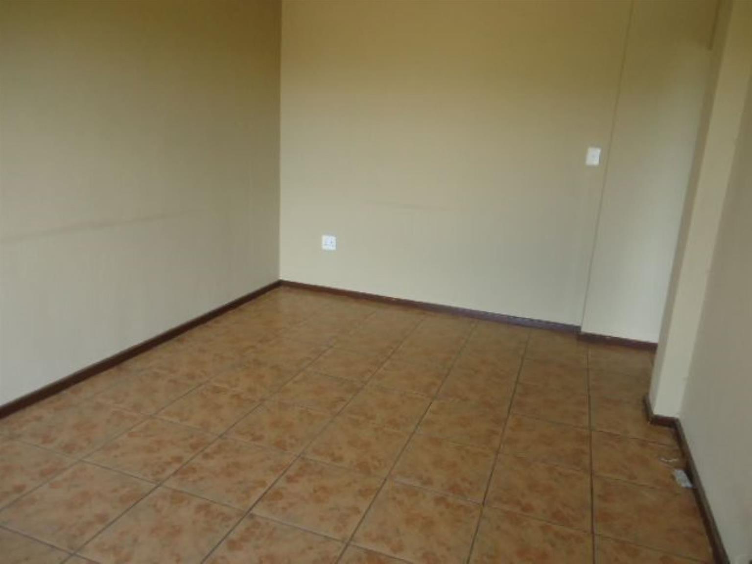Flat For Sale in SILVERTON