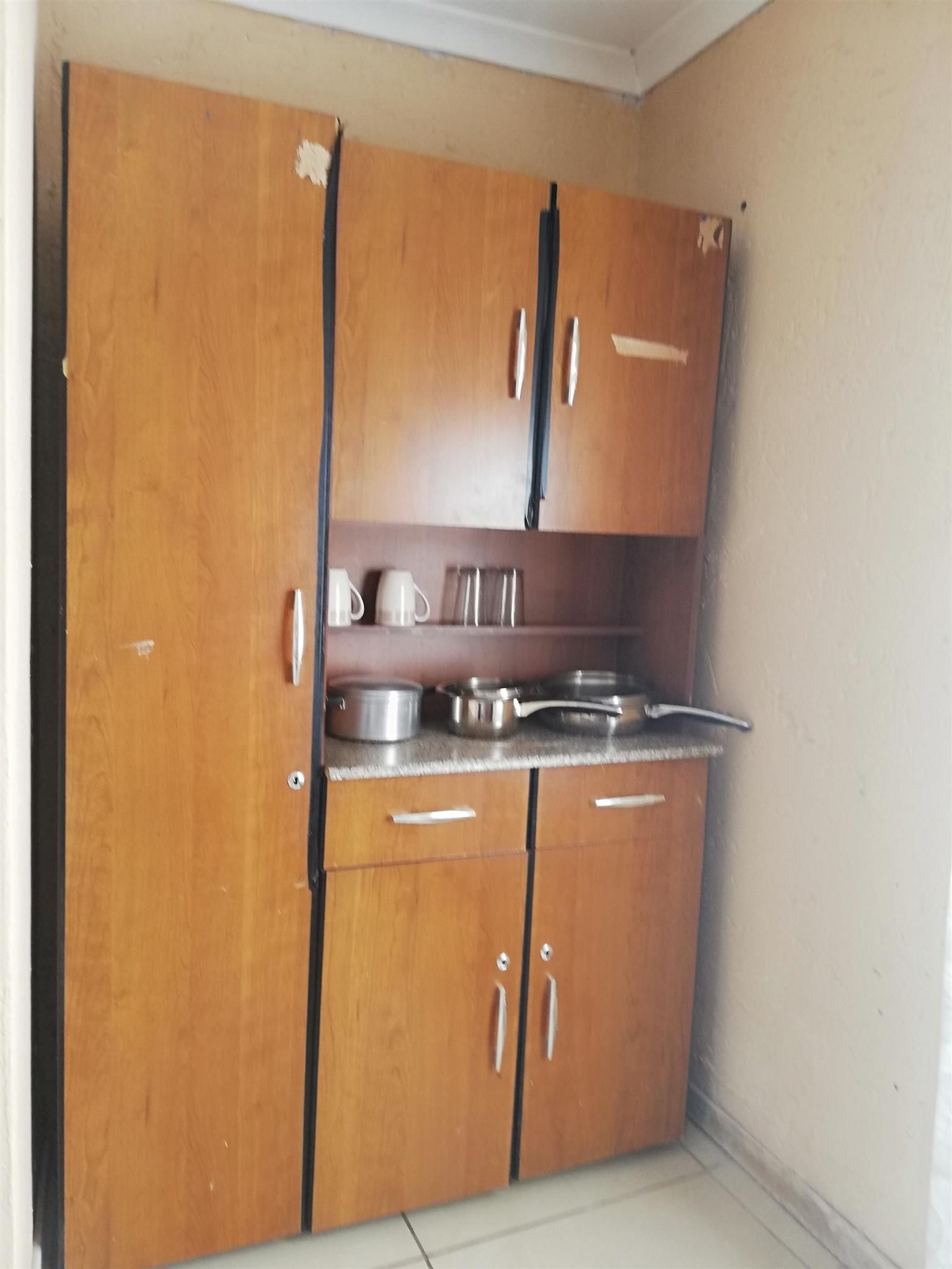PRIVATE AND COMFY APARTMENT FOR RENT IN WALKERVILLE