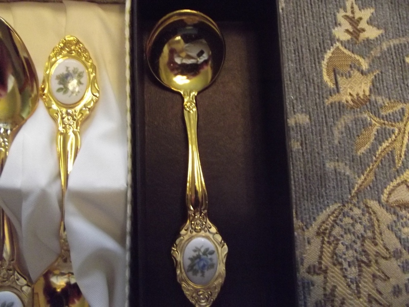 Royal albert and Eetrite tea cutlery with Pink and Blue roses.ALL ITEMS ARE BRAND NEW >