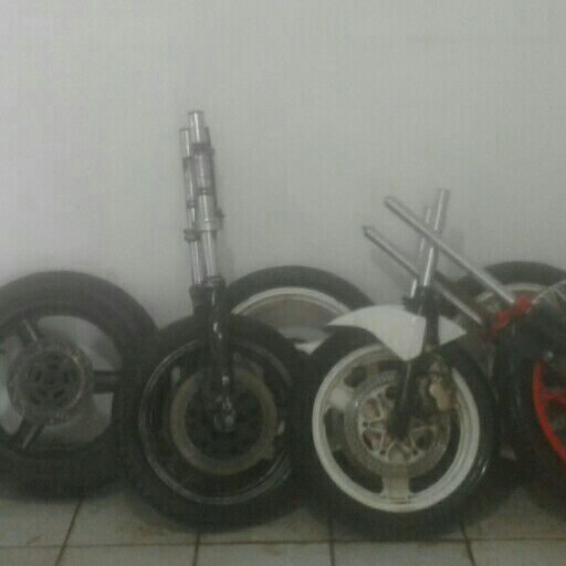 1019 Wheels, Rims and Tyres Tyres