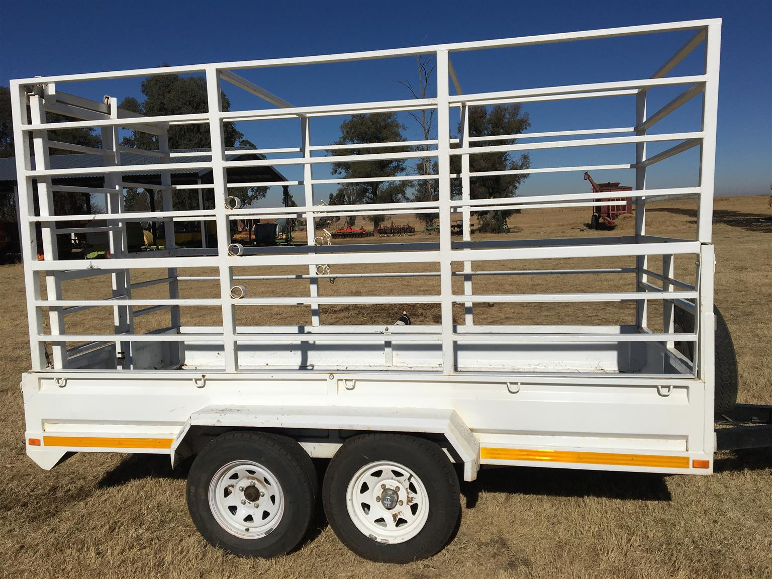 2002 Accessories Trailers