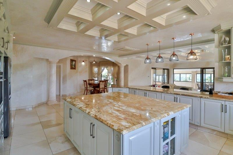 House For Sale in Mooikloof Heights
