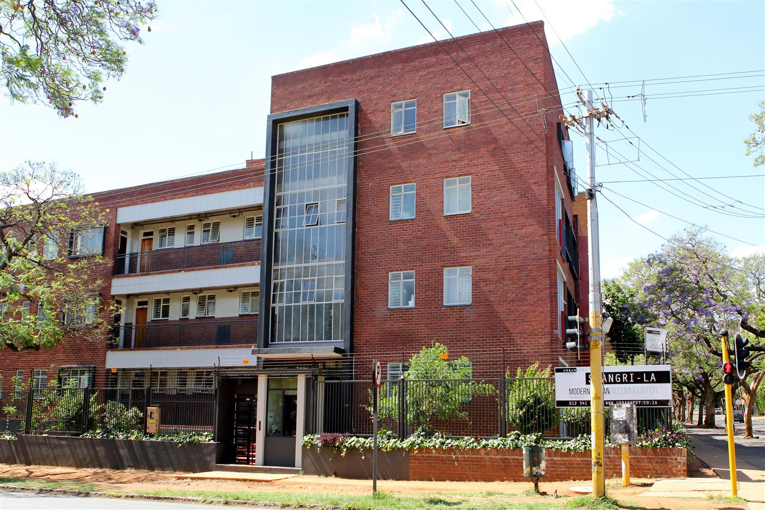 Two bedroom flat available in arcadia junk mail - Available two bedroom apartments ...