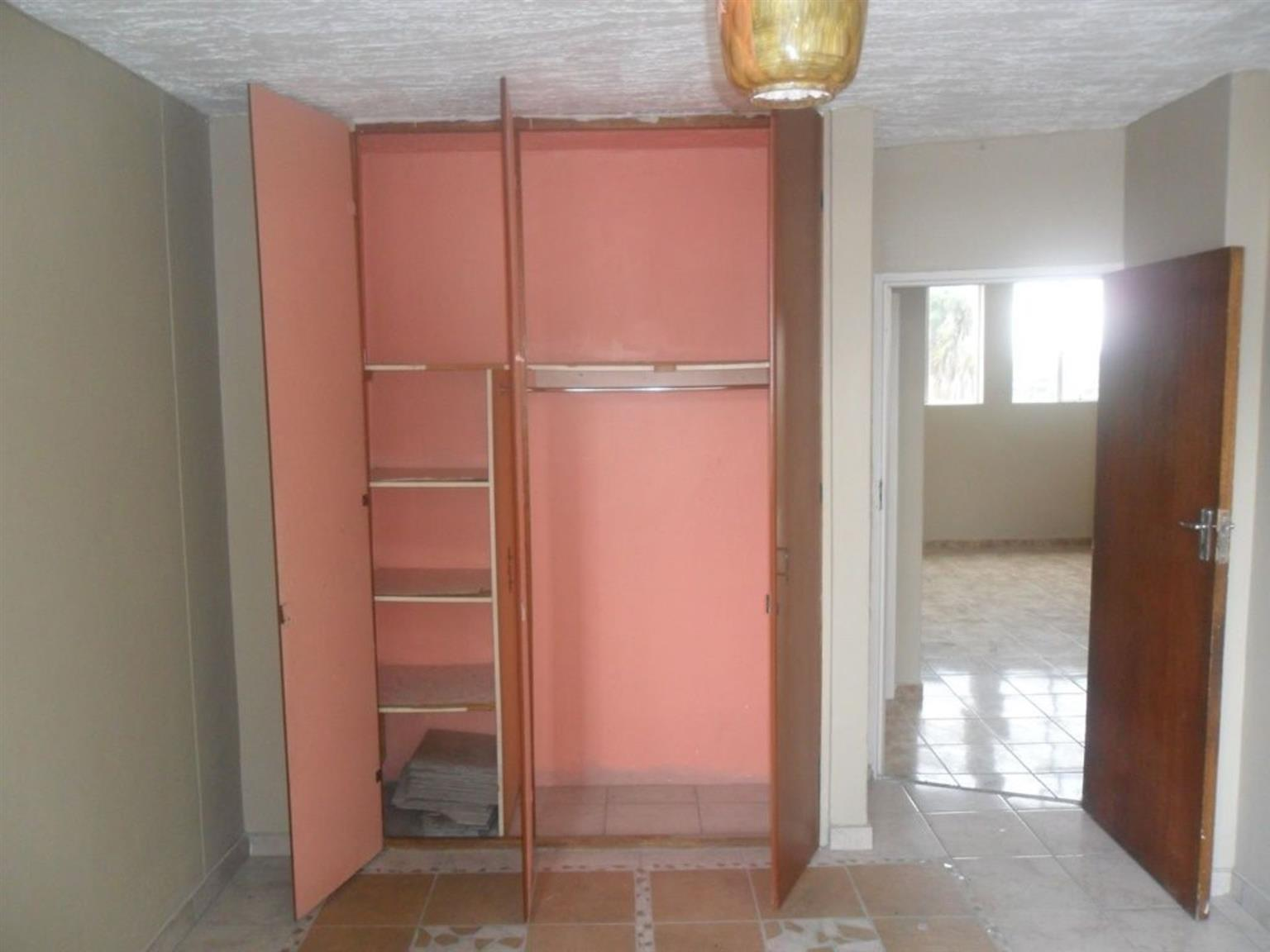 House Rental Monthly in SILVERTON
