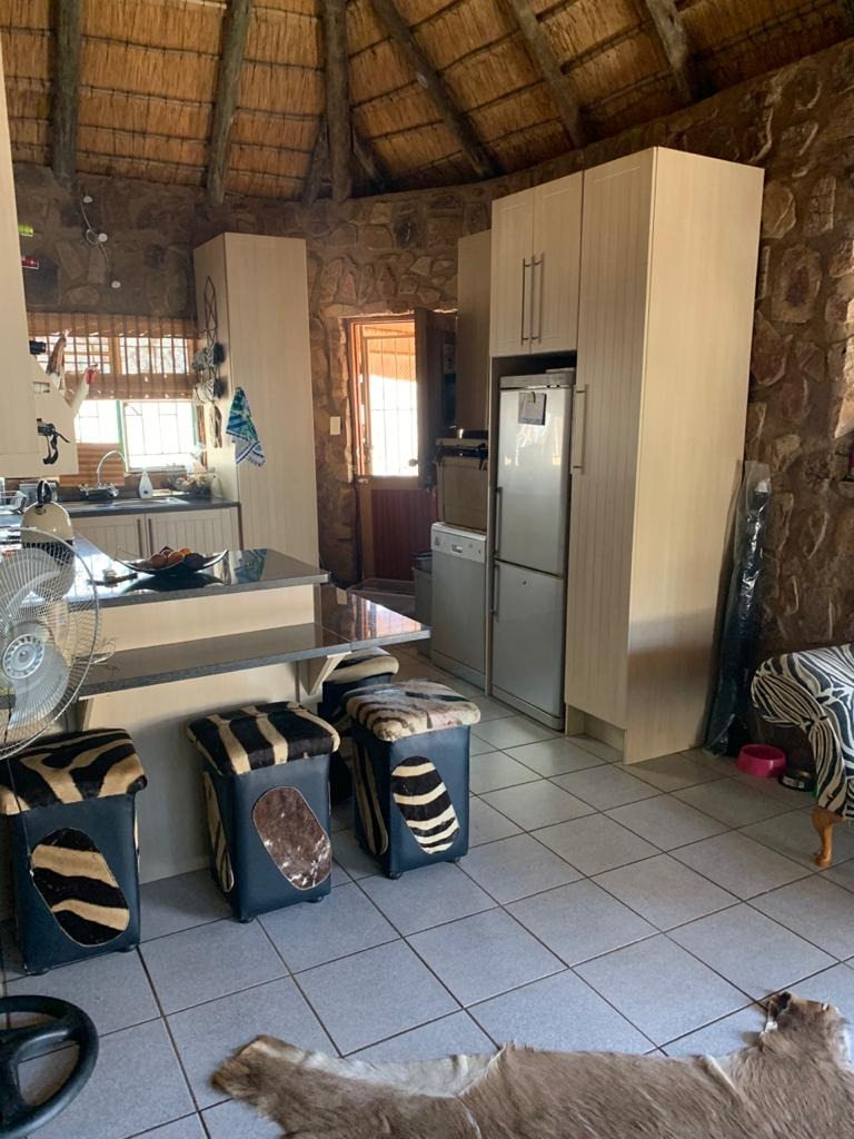 House For Sale in Leeupoort