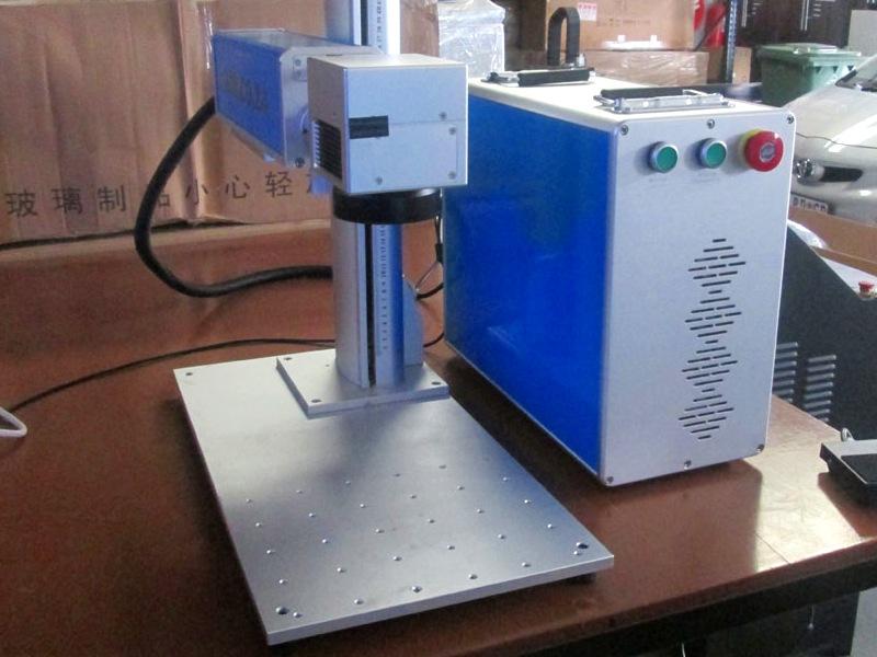 LLM-110F30 LabelMark 30W 110x110mm Optical-Fibre Laser Marking & Labelling Machine Laser