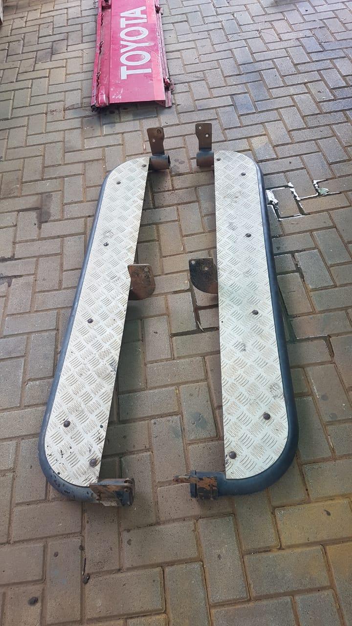 Side steps for long wheel base single cab bakkie