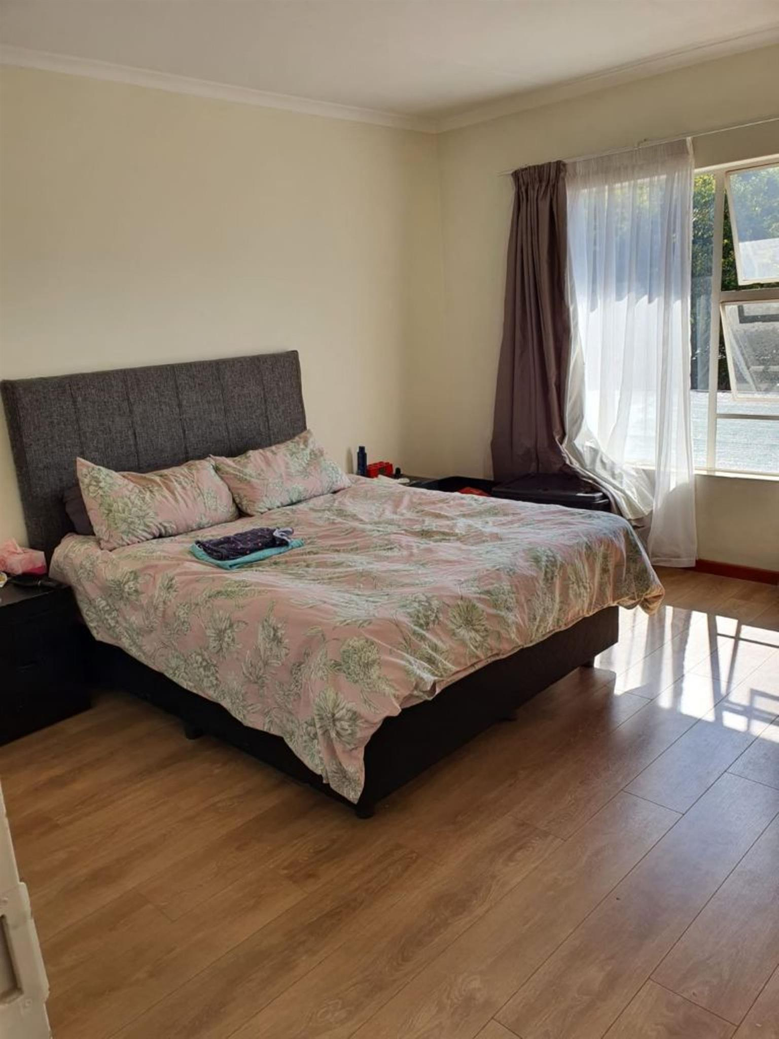 Townhouse Rental Monthly in EDENDALE