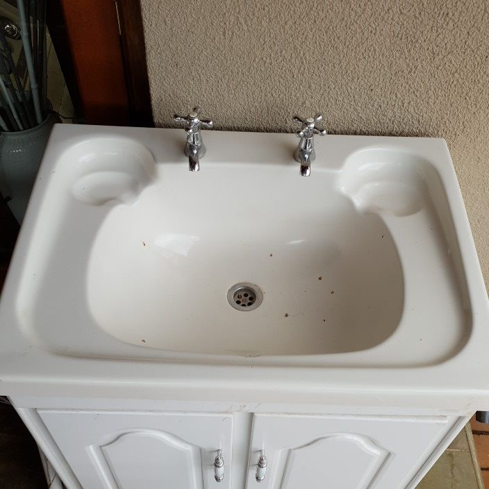 bath basin and toilet set beidge