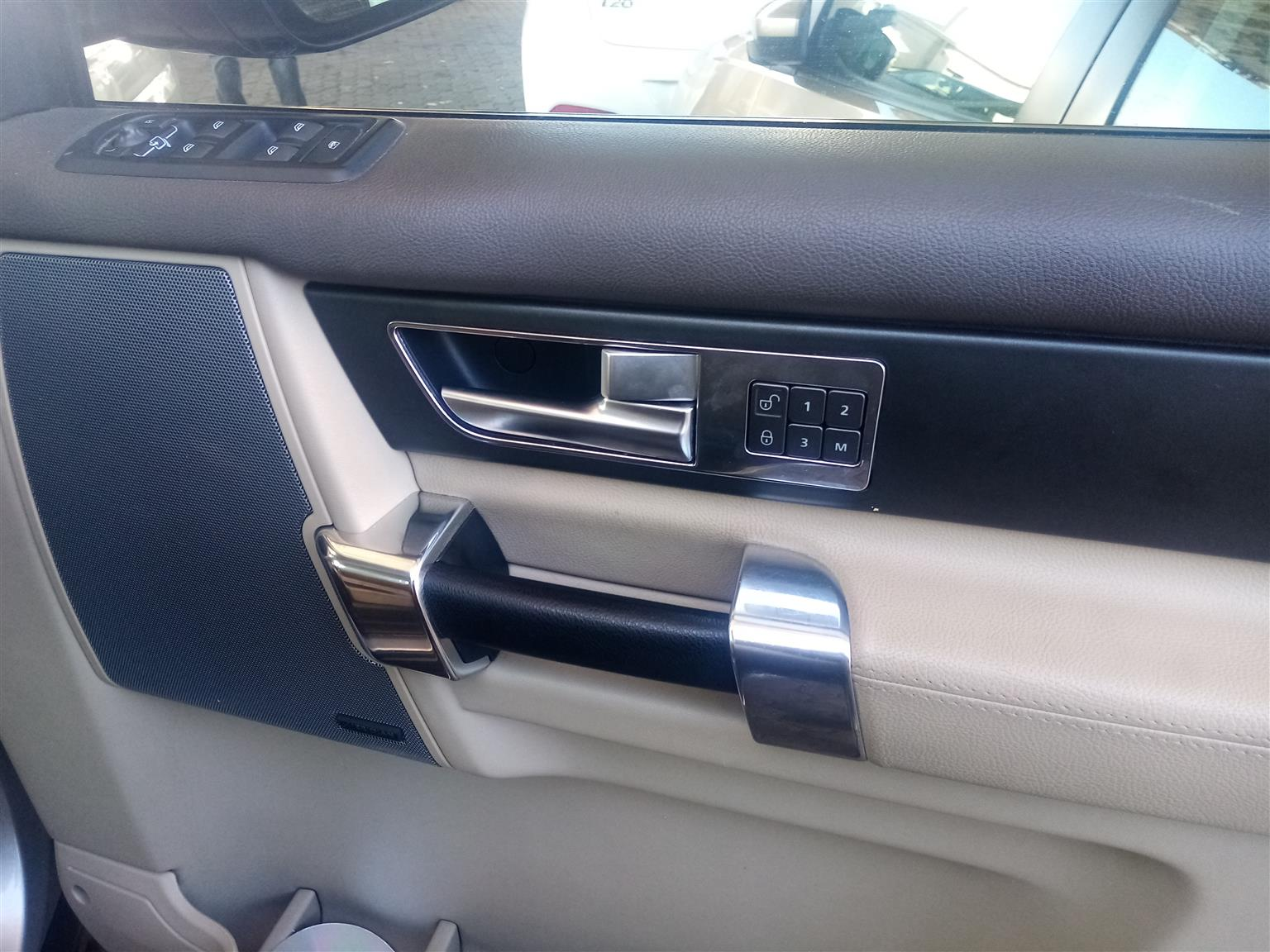 Automatic LandRover Discovery 4 SE 3.0 2015