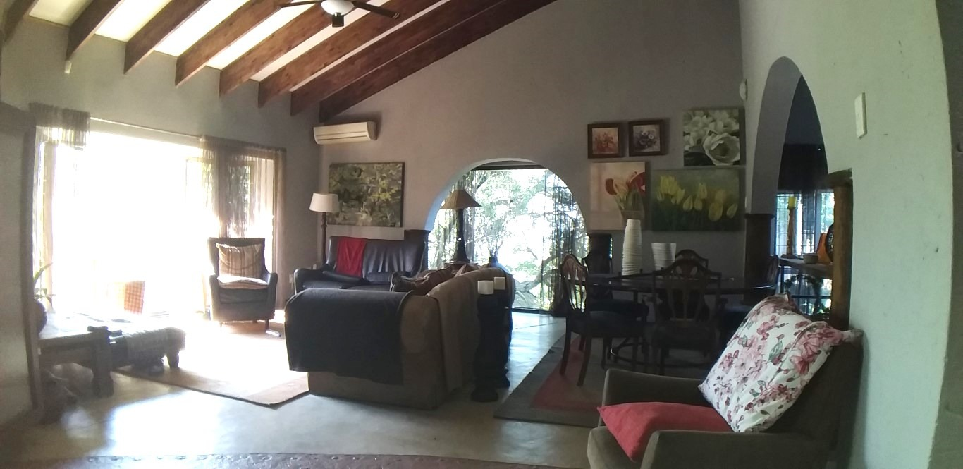 House For Sale in Steiltes
