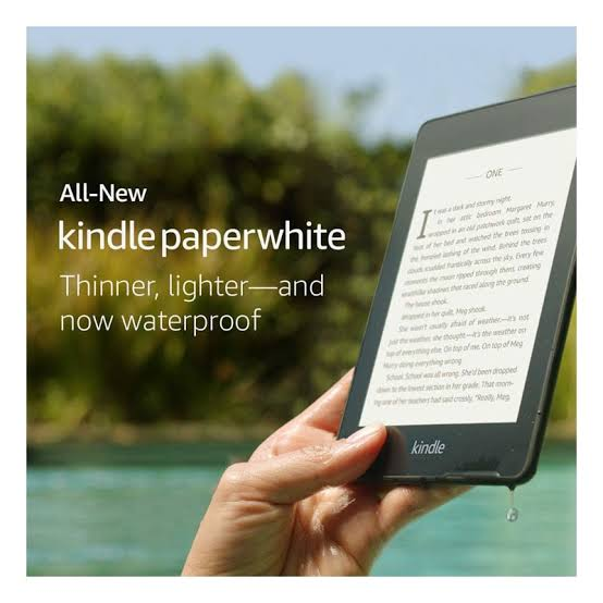 "Kindle Paperwhite 6"" E-Reader with Touchscreen (8GB)(WiFi) - 10 Gen"