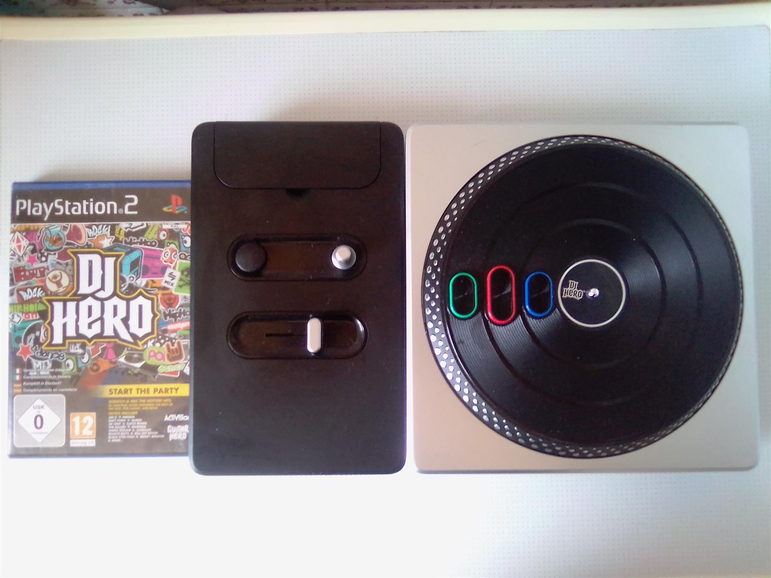 DJ Hero PS3 and PS2 Turntable and Game