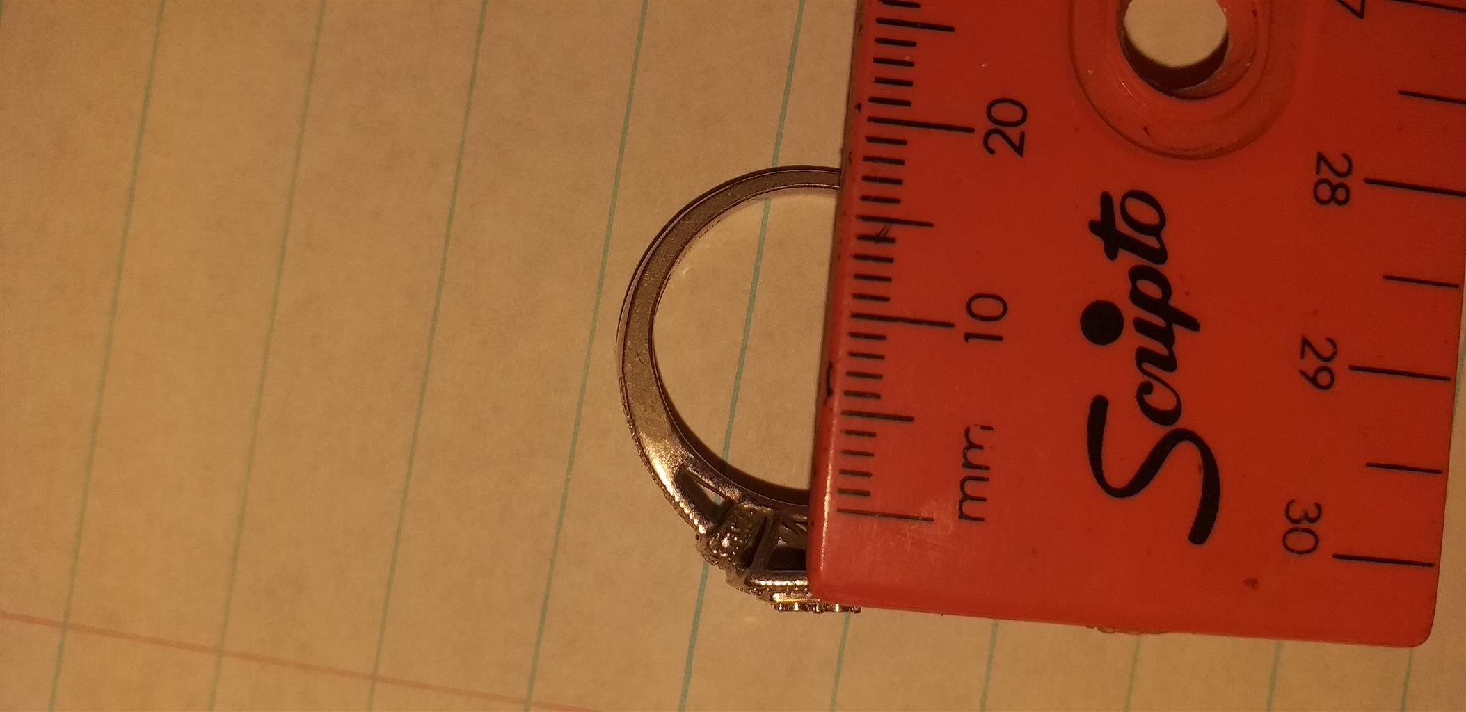 Ladies Silver diamond Ring